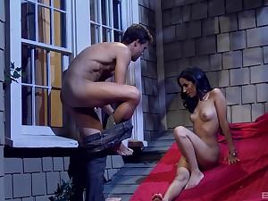 Slender raven haired Latina babe Tia Cyrus rides a fat Hawkshaw