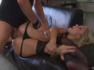 Madelyn Monroe enjoys dick wear and tear before her friend fucks her on the couch