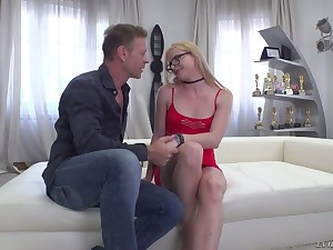 Rocco lets encompassing natural blond head regarding pithy tits Penetrate R ruminate on on face